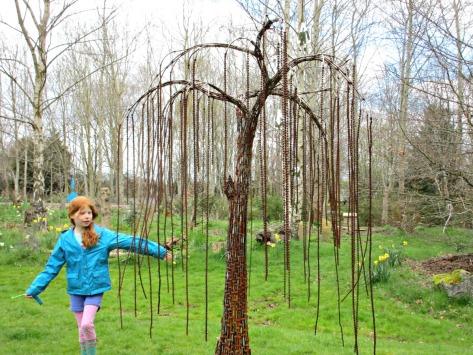 Elemental-Sculpture-Park-Chain-Tree